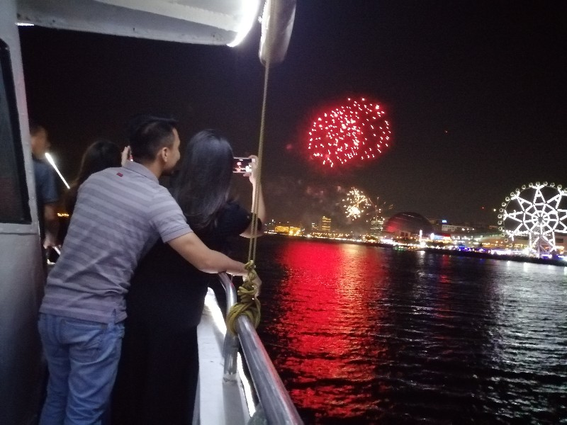Manila Bay Cruise Review - Your Best Bet for Valentine's Date and Marriage Proposals