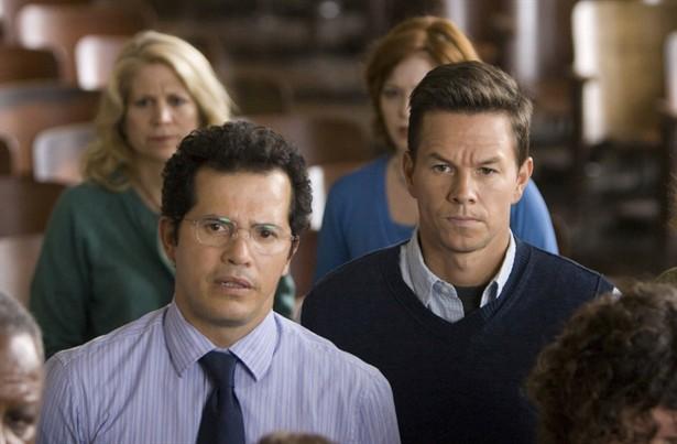 John Leguizamo,Mark Wahlberg