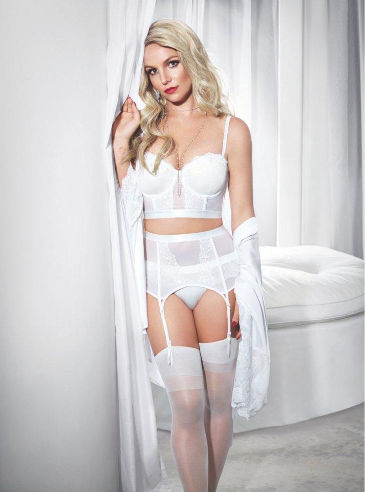 Britney Spears Naked 01
