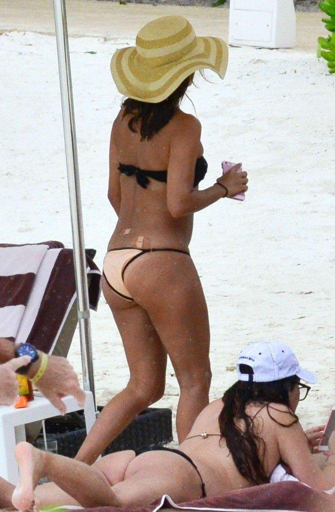 Eva-Longoria-Bikini-7