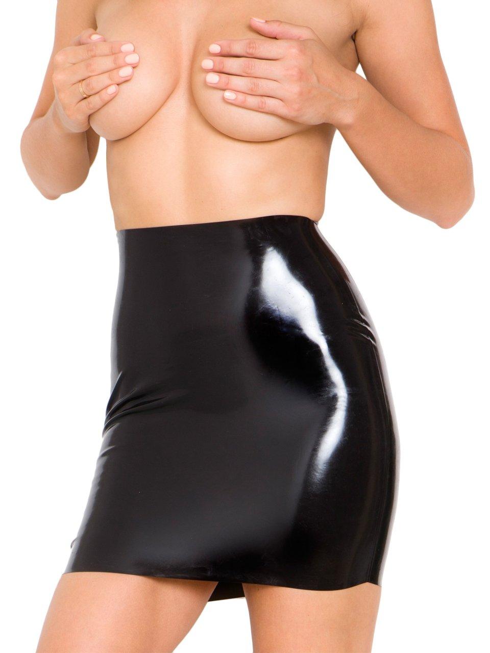 Rosie-Jones-Topless-11