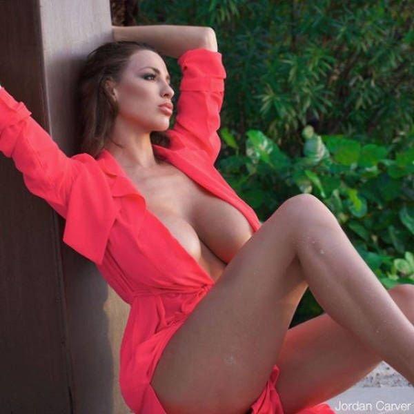 Jordan-Carver-Topless-Sexy-5