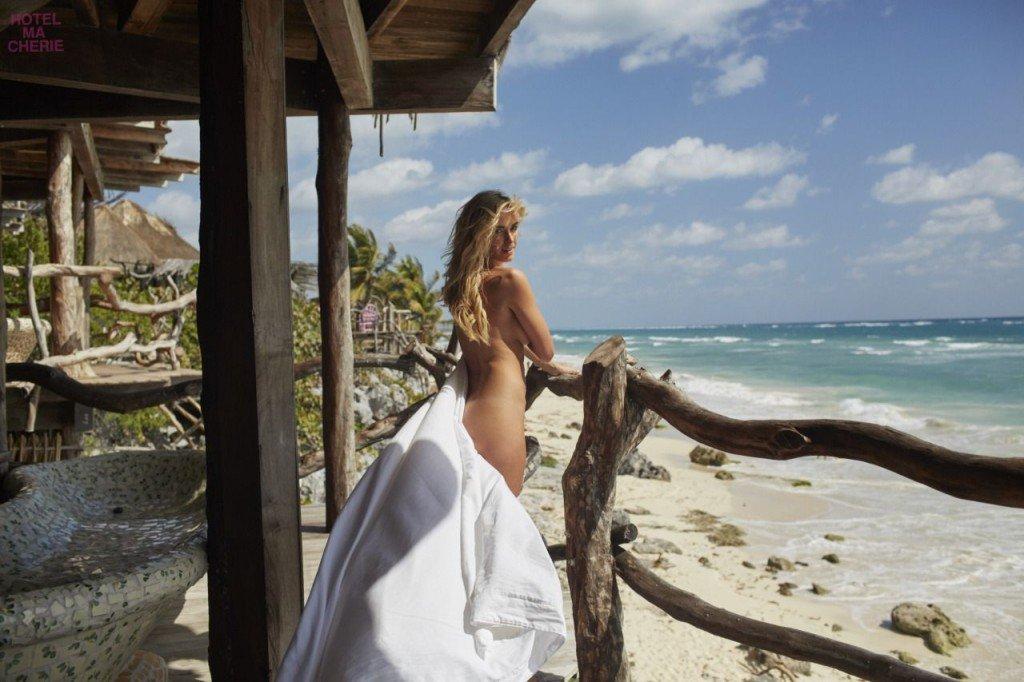 Jena Sims Nude Sexy 41