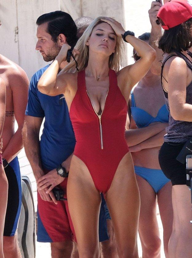 Kelly Rohrbach, Alexandra Daddario, Ilfenesh Hadera Sexy 1
