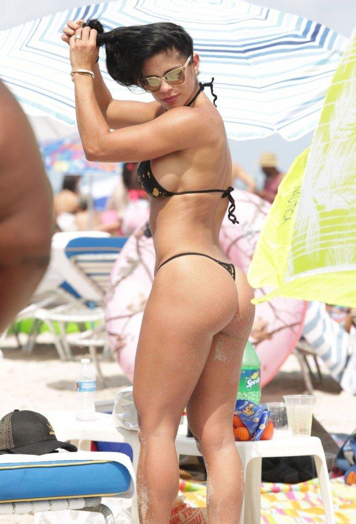 Michelle Lewin Sexy 7