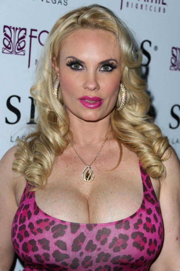 Nicole Coco Austin Cleavage 46