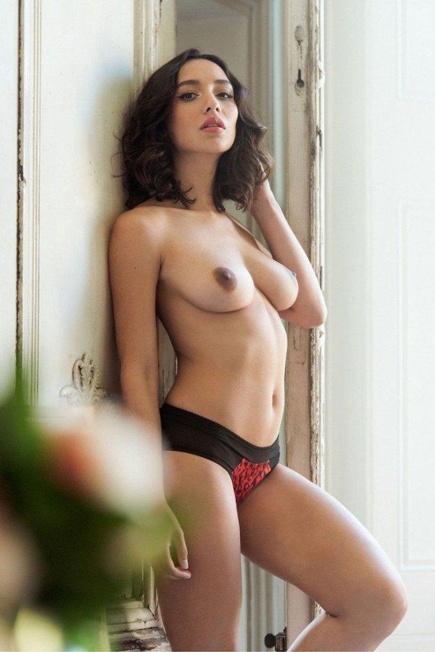 Nicola Paul Sexy & Topless 2
