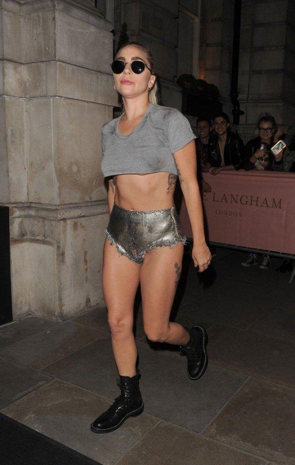 Lady Gaga Underboob thefappening.so-0009