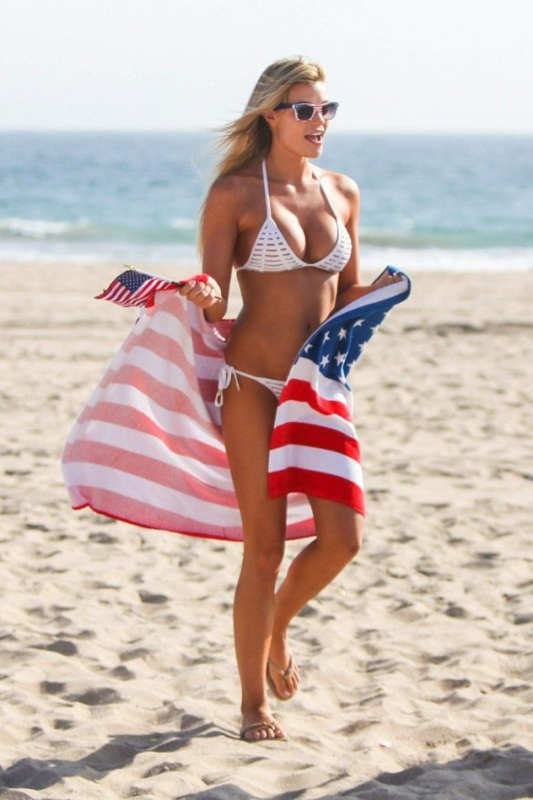 Samantha Hoopes Sexy 34