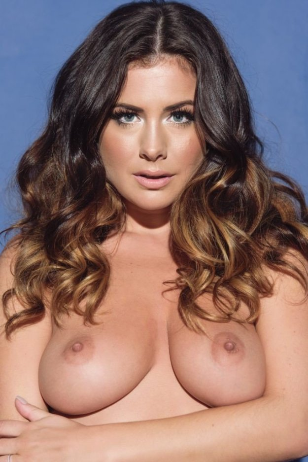 Kelly Hall Sexy Topless 2