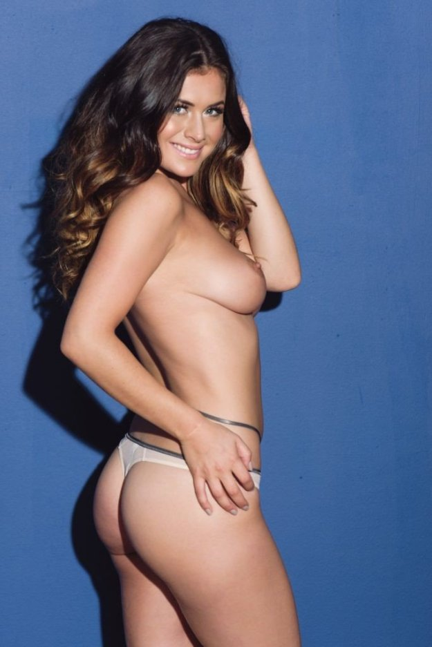 Kelly Hall Sexy Topless 3
