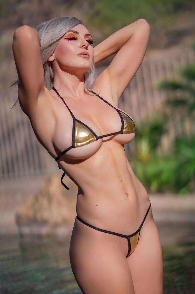 Jessica Nigri Bikini 2