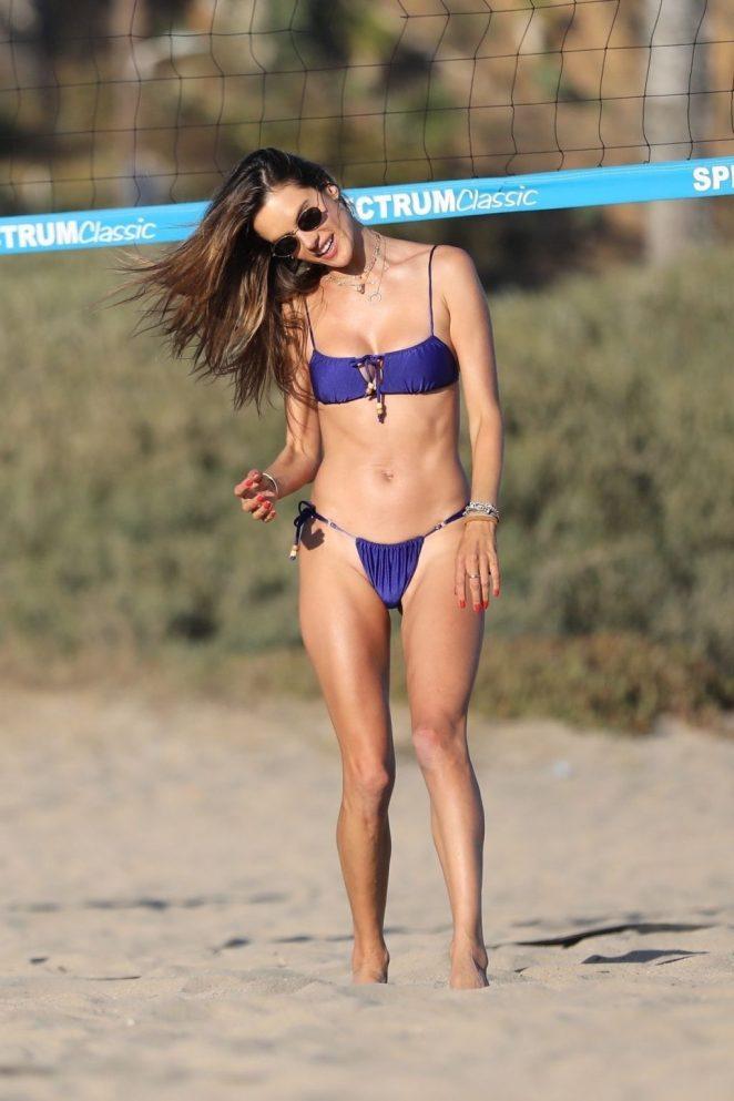 Alessandra Ambrosio Bikini 5