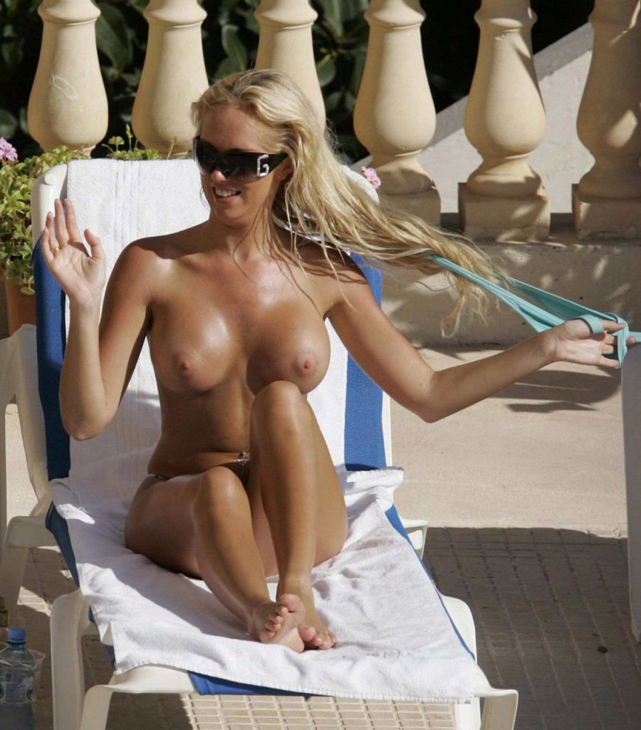 Aisleyne Horgan-Wallace Topless (3 Photos)