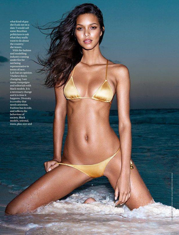 Lais Ribeiro in a Bikini (7 Photos)