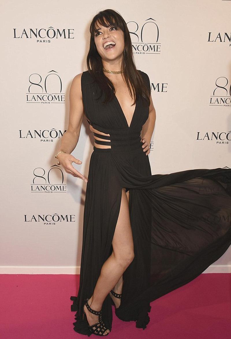 Michelle Rodriguez Panties (1 Photo)