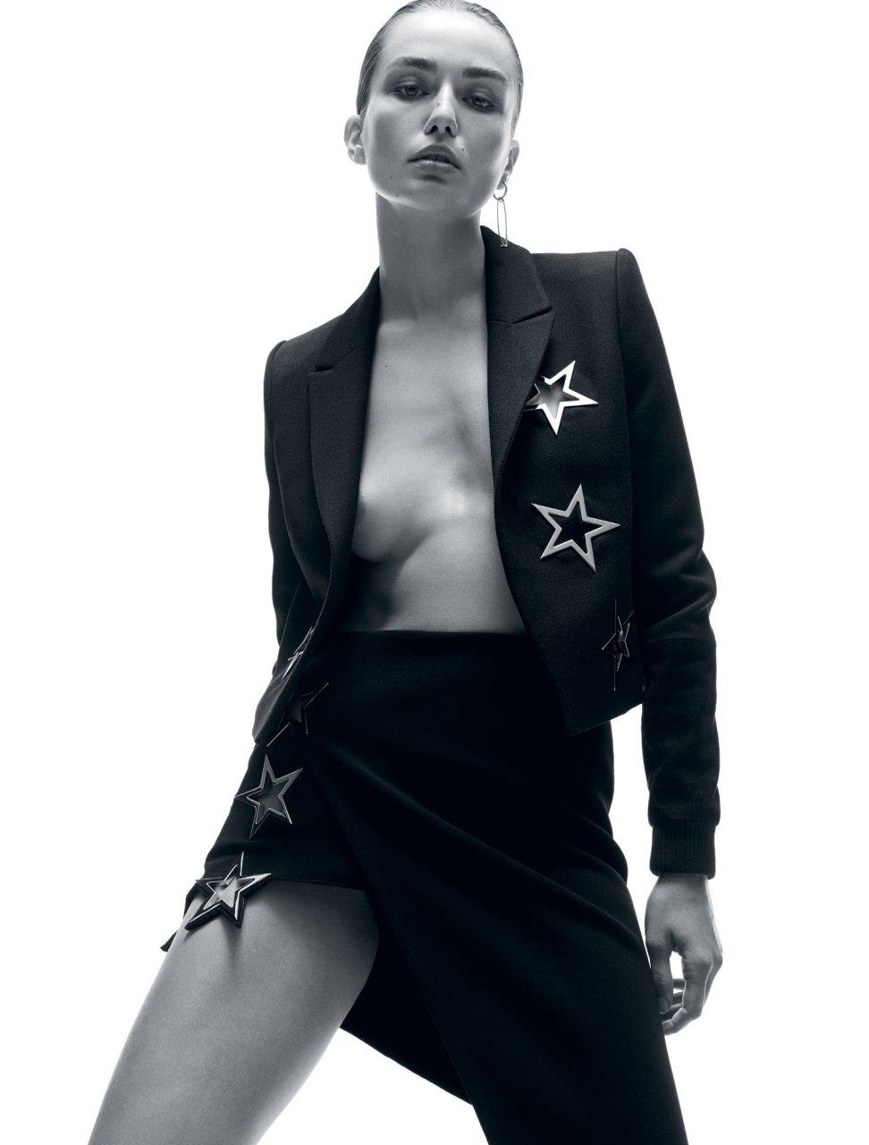 Andreea Diaconu Sexy (7 Photos)