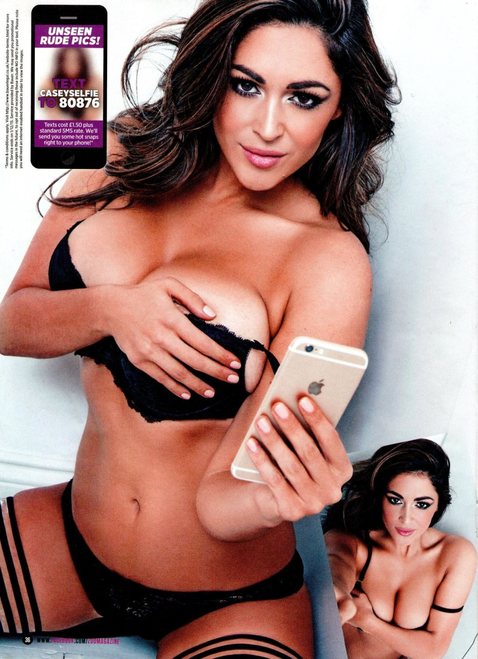 Casey Batchelor Sexy & Topless (11 Photos)