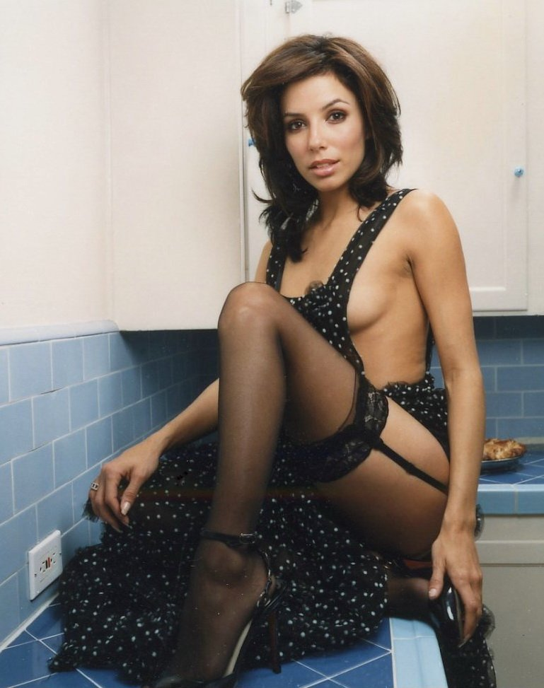 Eva Longoria Sexy (15 Photos)