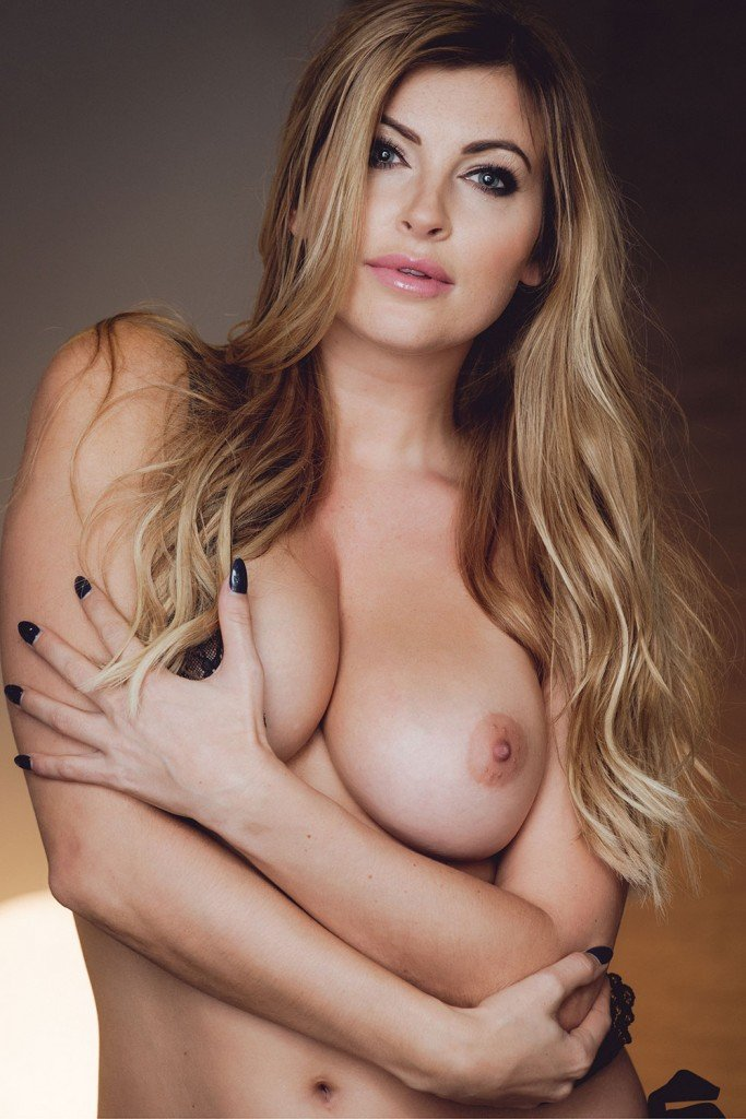 Sam Cooke Sexy & Topless (17 Photos)