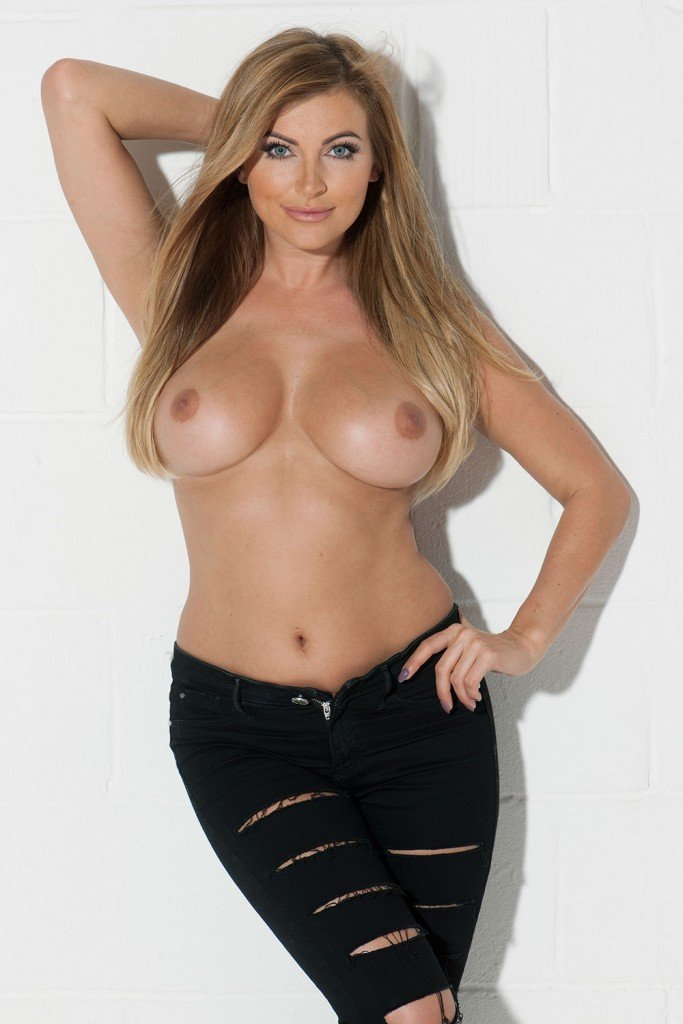 Sam Cooke Topless (4 Photos)