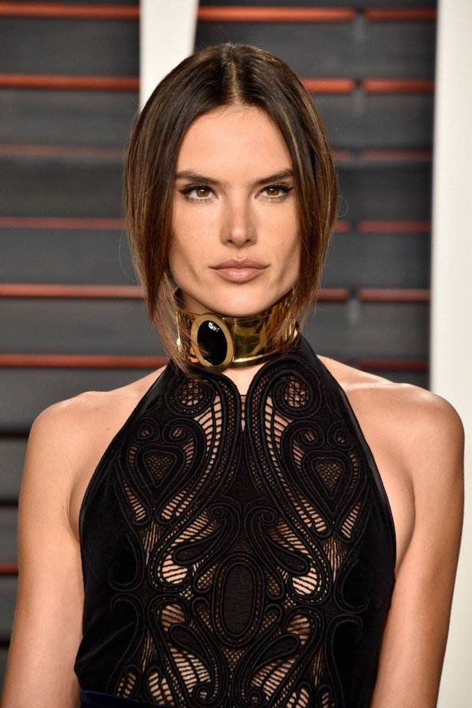 Poll: Oscars 2016 – Best Dressed Female