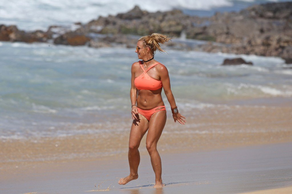 Britney Spears Topless & Sexy (56 Photos)