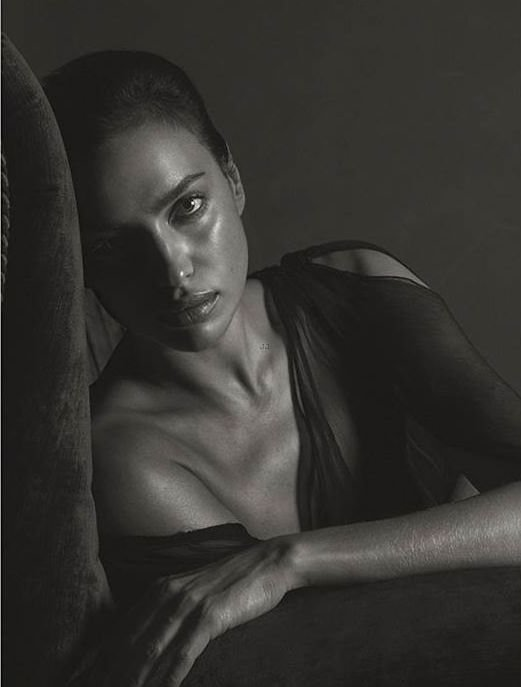 Irina Shayk Nude (10 Photos)