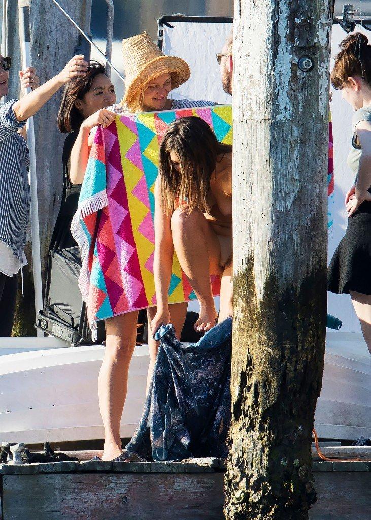Olympia Valance Topless (19 Photos)