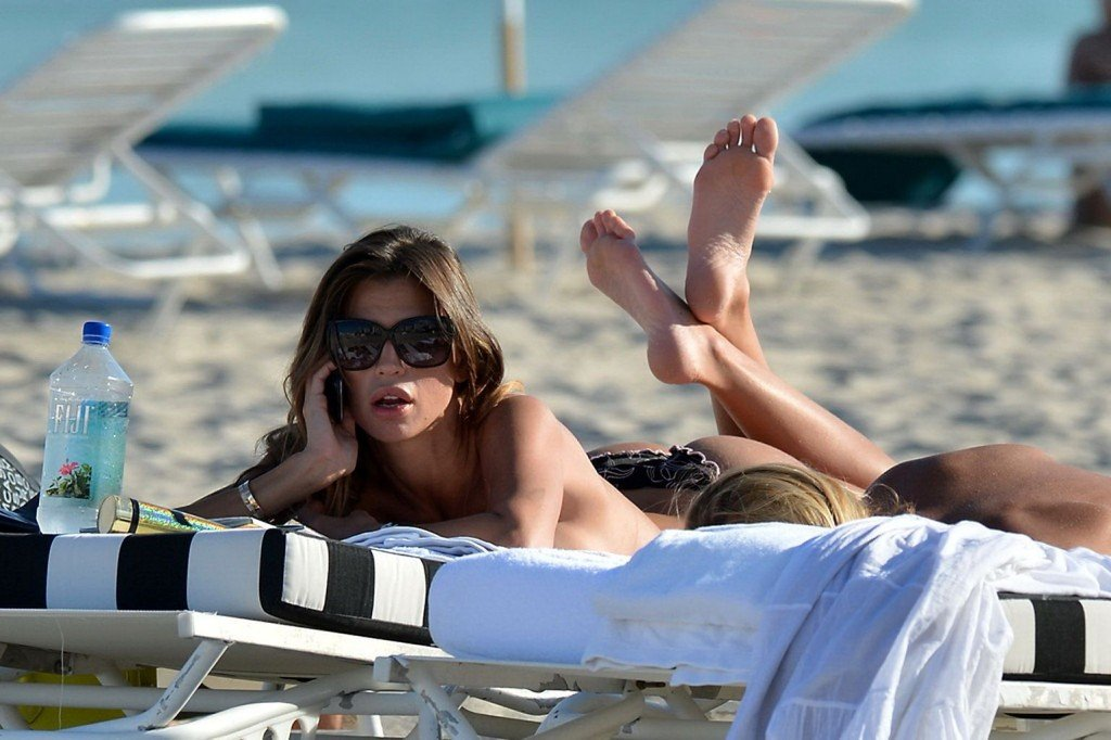 Claudia Galanti Sexy & Topless (45 Photos)