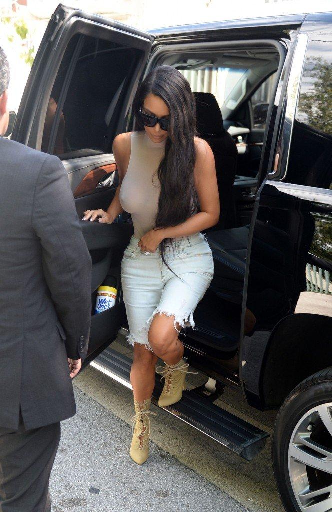 Kim Kardashian See Through (132 Photos)