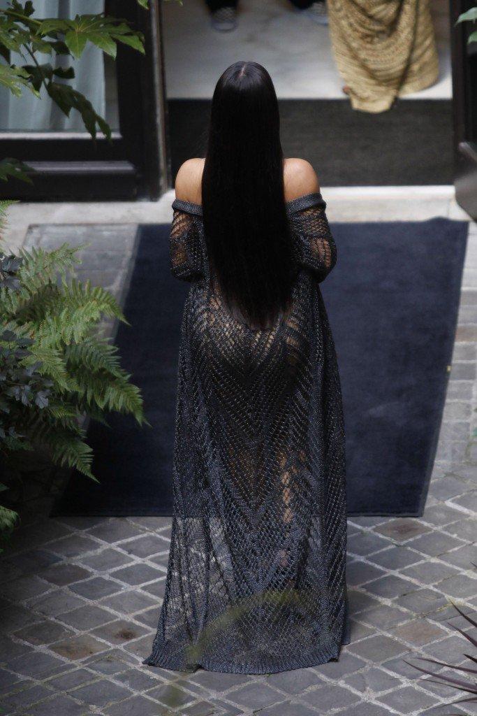 Kim Kardashian Sexy (41 Photos + 2 Videos)