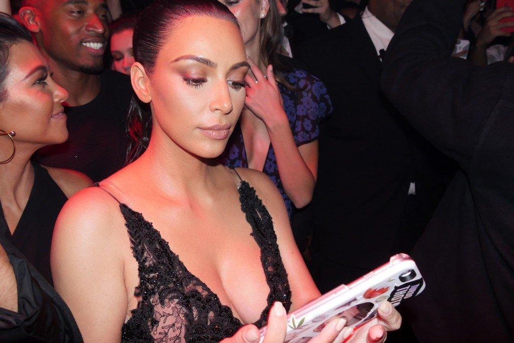 Kim Kardashian Sexy (21 Photos)