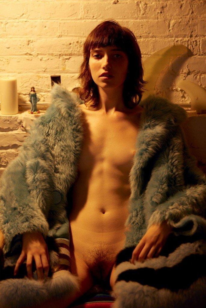 Grace Hartzel Nude (4 Photos)