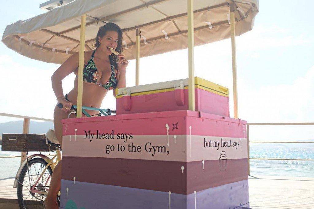 Ashley Graham Sexy (9 Photos)