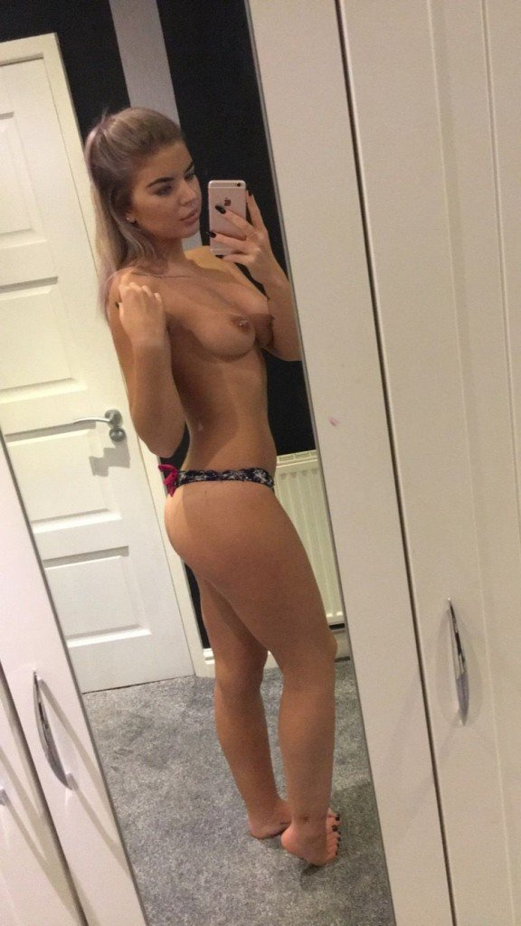 Beth Spiby Topless (3 Photos)