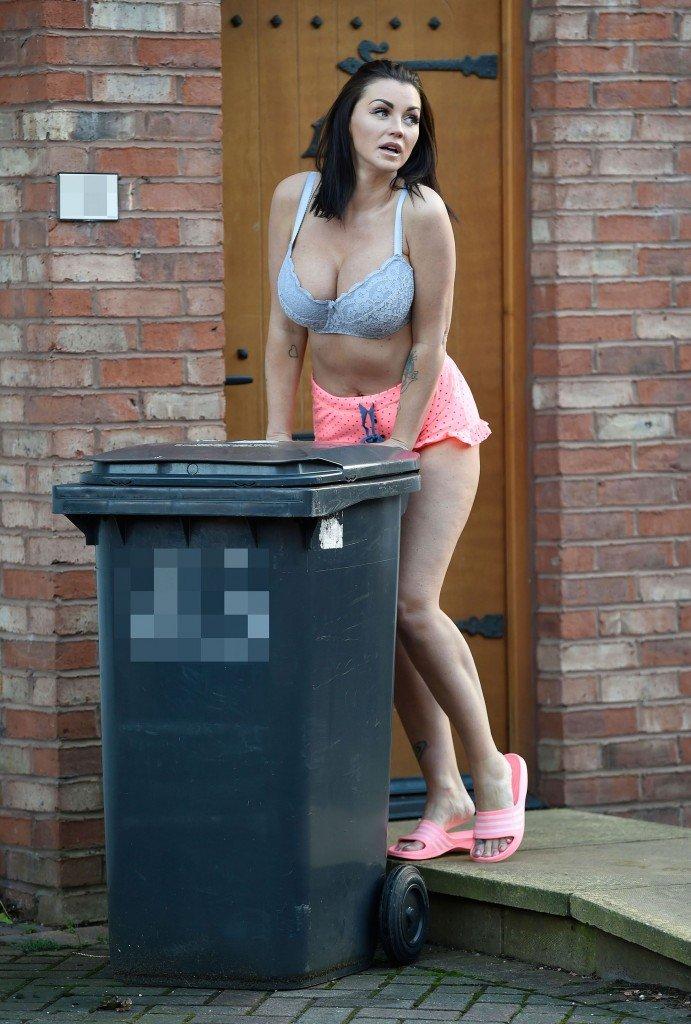 Holly Henderson Sexy (37 Photos)