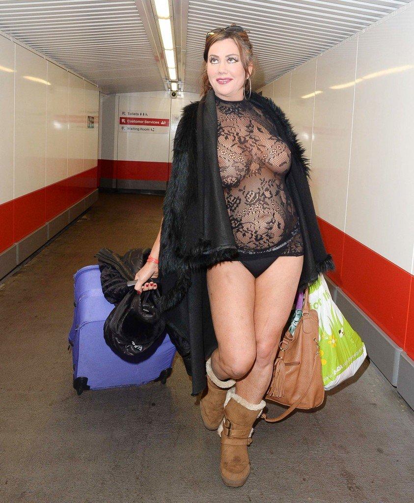 Lisa Appleton See Through (51 Photos)