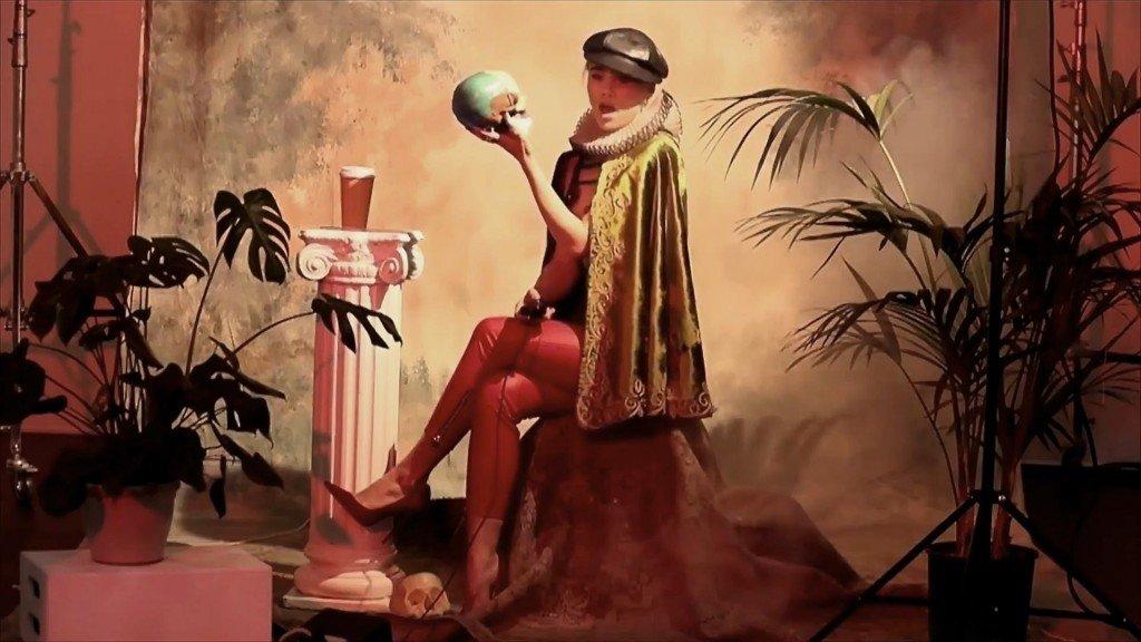 Suki Waterhouse Sexy – 2016 LOVE Advent (Bonus)