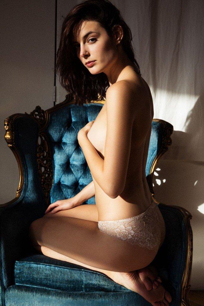 Sadie Newman Topless & Sexy (13 Photos)