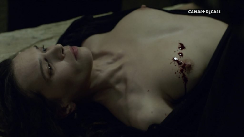 Anna Brewster Nude – Versailles (2017) s02e09-10 – HD 1080p