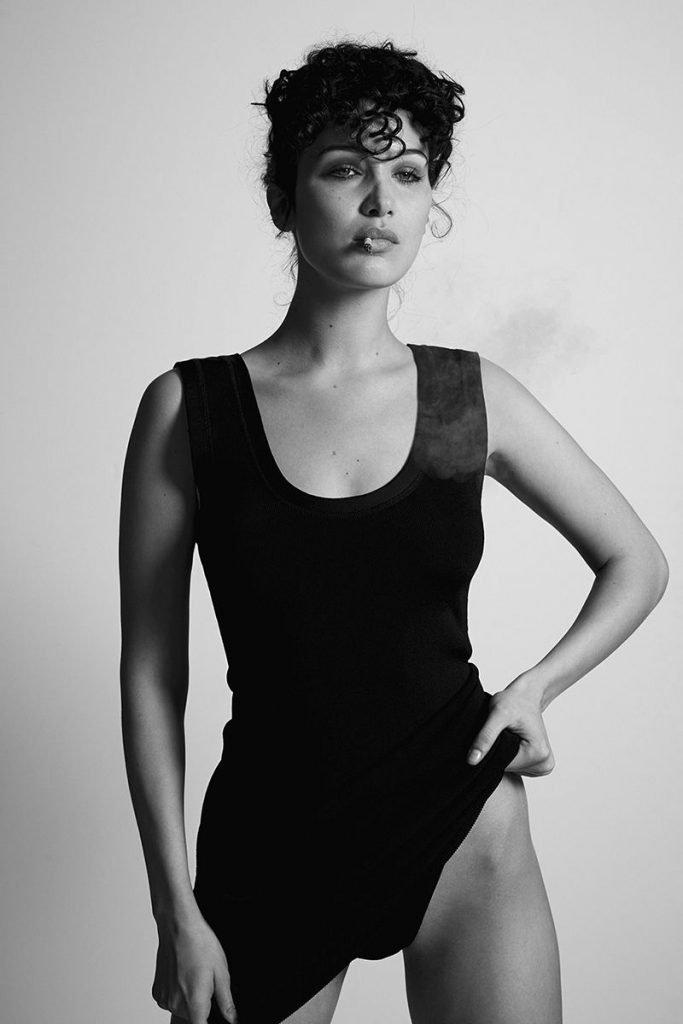 Bella Hadid Sexy & Topless (18 Photos)