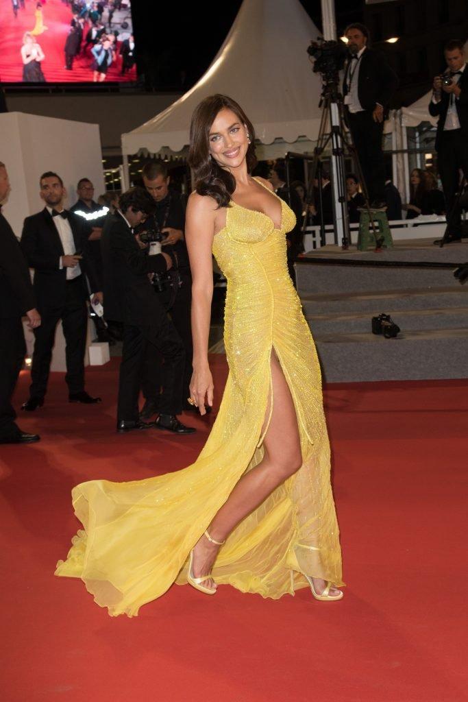 Irina Shayk Sexy (33 Photos)