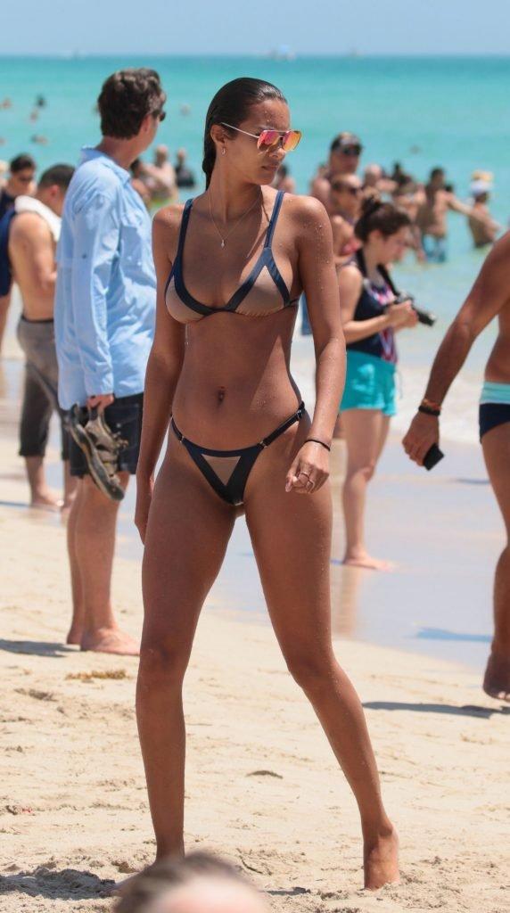 Lais Ribeiro Sexy (52 Photos)