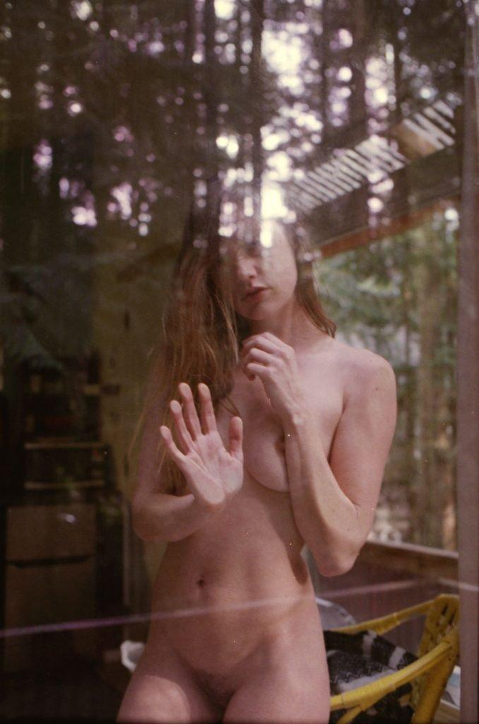Olivia North Nude & Sexy (29 Photos)