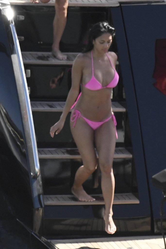 Nicole Scherzinger Sexy (104 Photos)