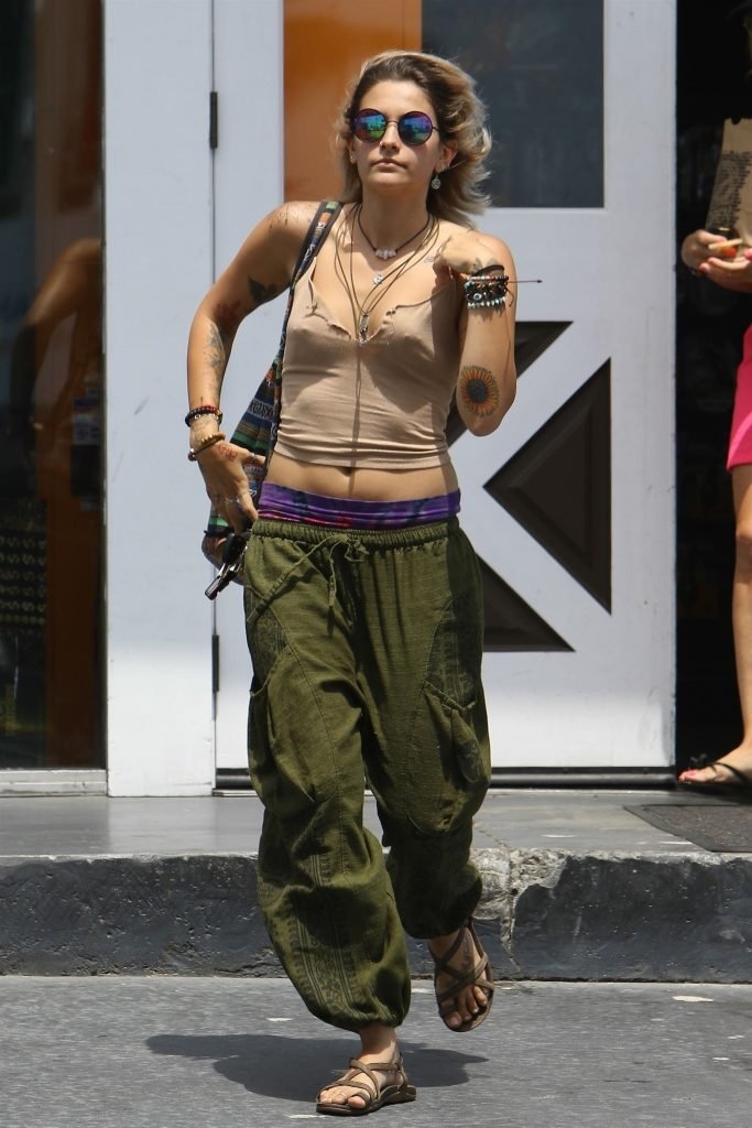 Paris Jackson Braless (14 Photos)