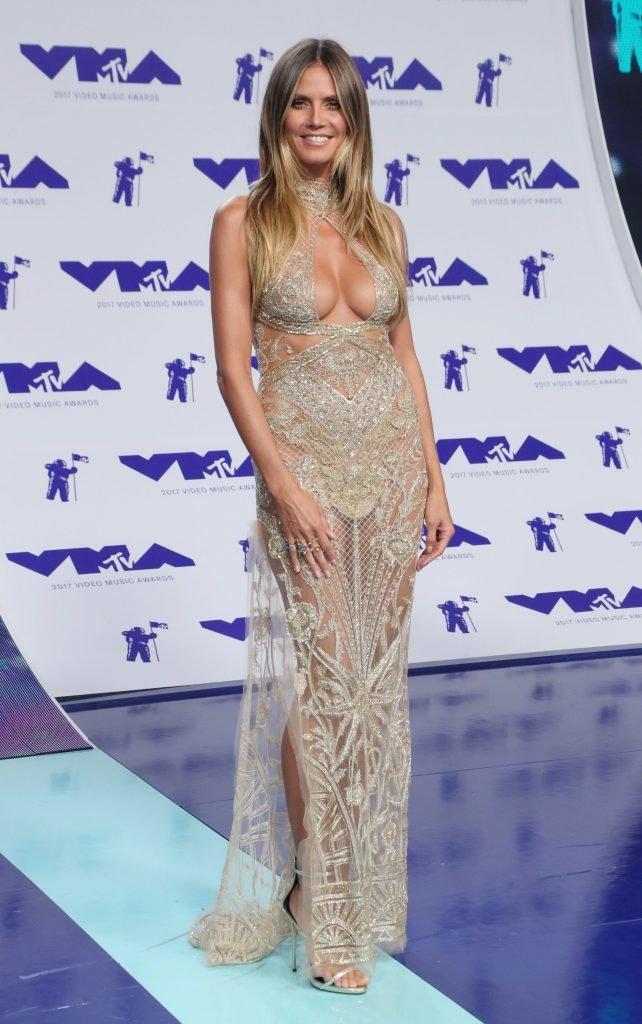Heidi Klum Sexy (39 Photos + Video)