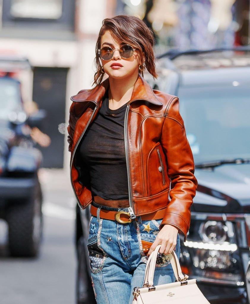 Selena Gomez See Through (2 Photos)