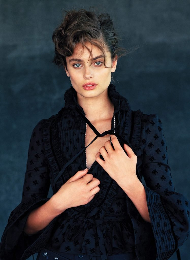 Taylor Marie Hill Sexy (9 Photos)